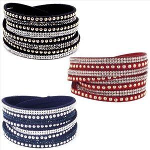 Rhinestone Wrap and Snap Bracelet 💕New Listing 💕